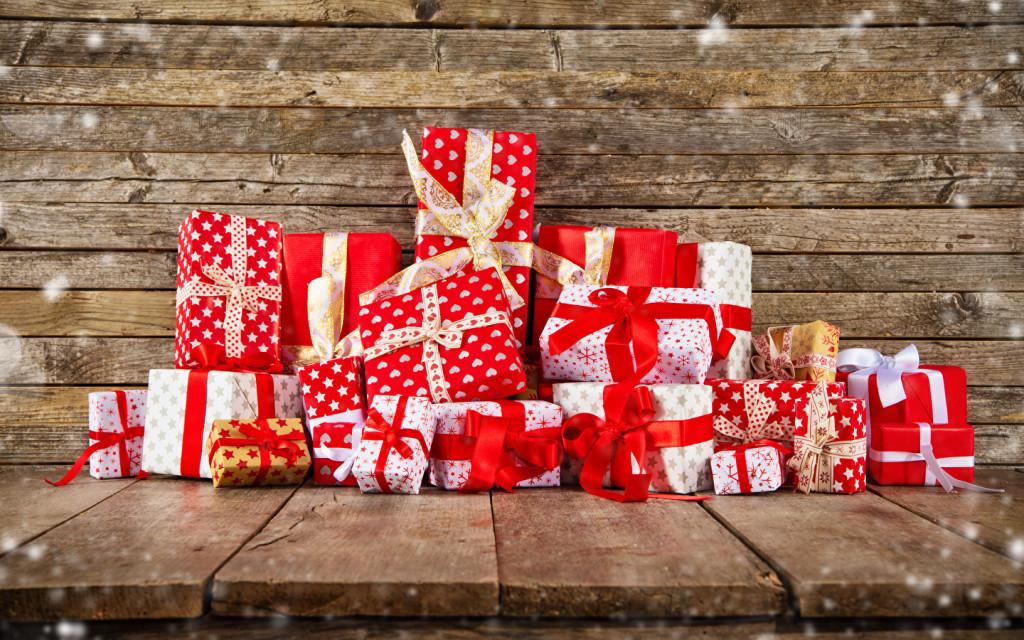 Половина россиян отправится за новогодними подарками в онлайн