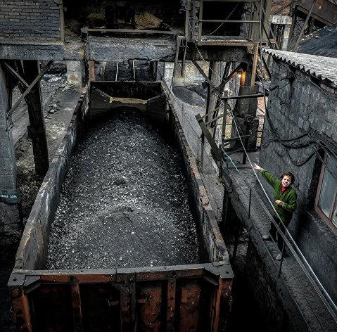 Перевозка угля в обычном полувагоне