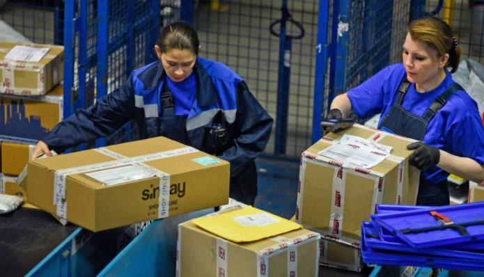 """108 миллионов посылок. Как и сколько """"Почта России"""" зарабатывает на онлайн-ритейлерах"""