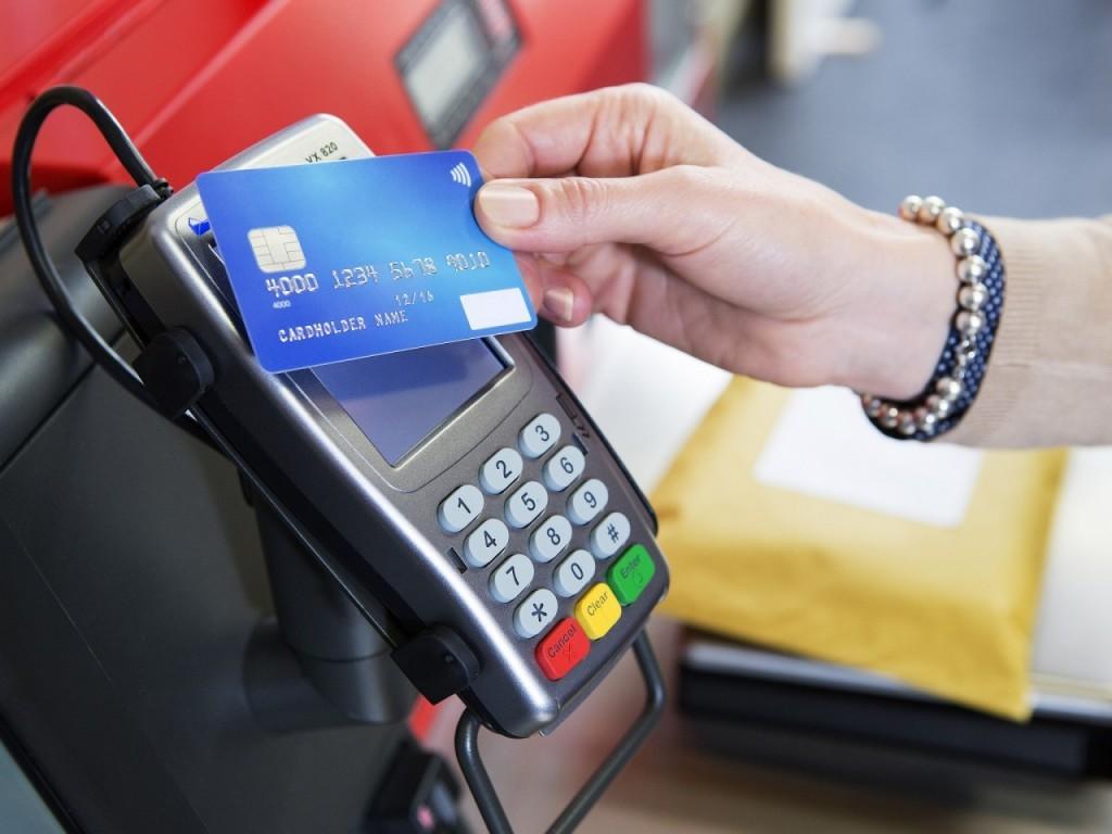 Как электронные платежи вытесняют наличку. Российские банки приводят впечатляющие цифры