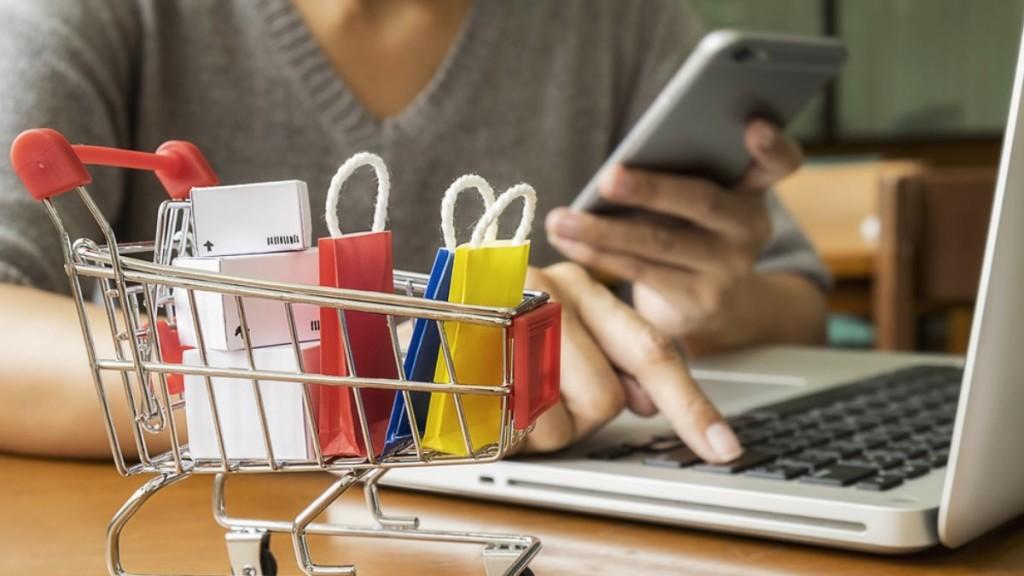 """Viber и """"CберМаркет"""" разобрались, что, как на какие суммы и с каких устройств россияне покупают в Интернет"""