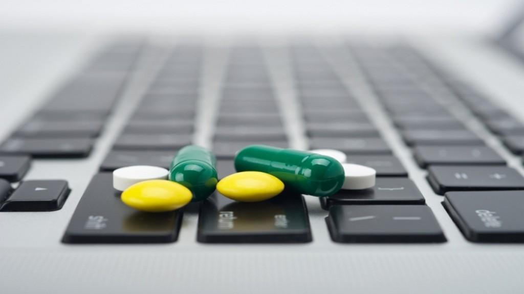 Лекарства идут на маркетплейсы. Стоп, а кто у нас маркетплейс для лекарств?