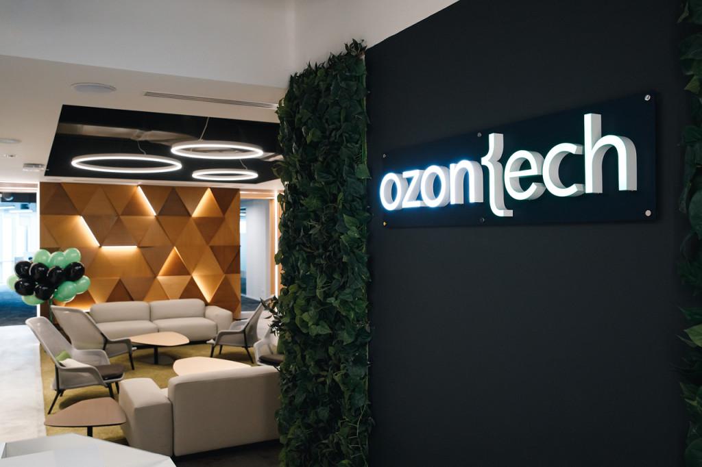 Ozon решил нанять больше тысячи IT-специалистов в Петербурге