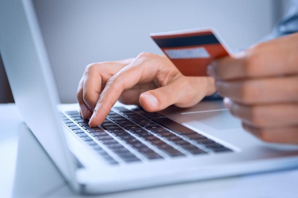 Инфографика: сколько людей делают онлайн-покупки в Европе