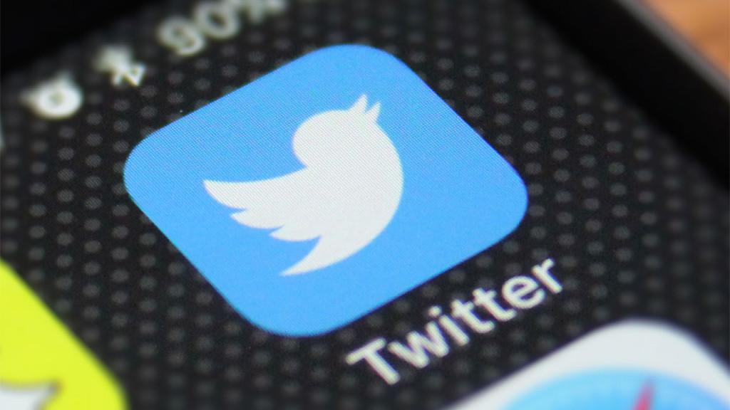 В Twitter'е теперь можно открыть магазин. Но и покупать, и продавать там пока разрешено не всем, даже из США