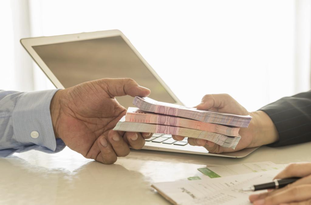 Рынок кредитования продавцов маркетплейсов достиг 10 миллиардов рублей и вырастет еще в 10 раз