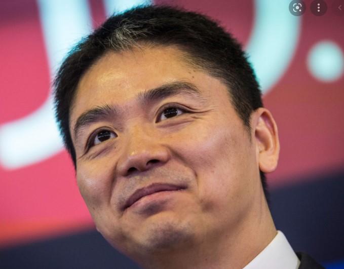 Кто такой Ричард Лю и почему о том, что он перешел на новую должность, пишет деловая пресса во всем мире?