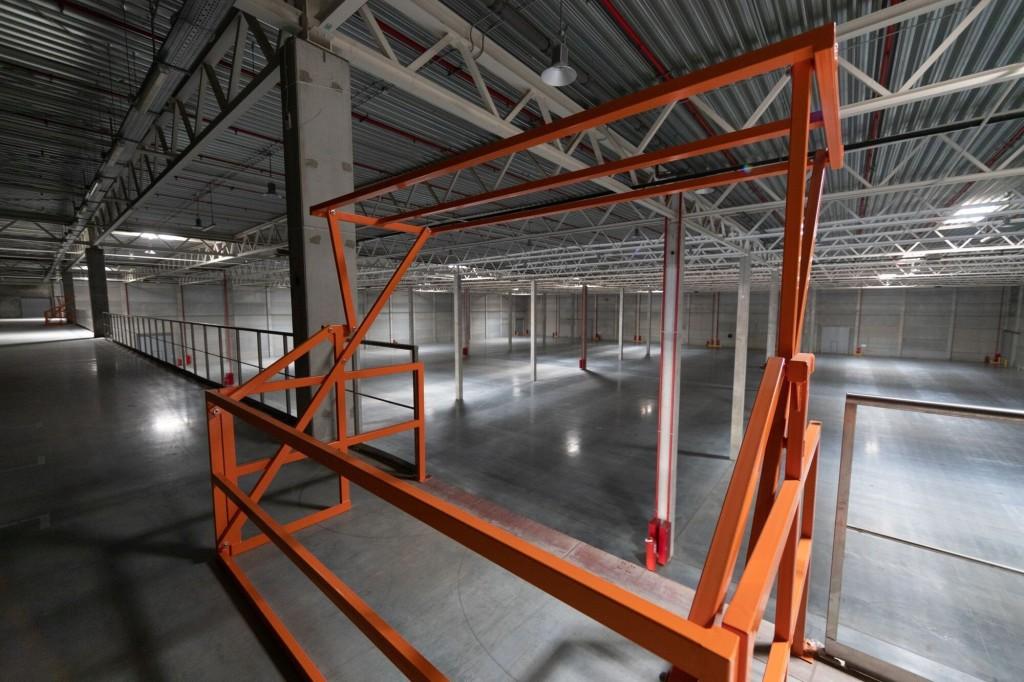 AliExpress Россия запустил первый фулфилмент-центр в России: посмотрите, как он выглядит (ФОТО внутри и снаружи)
