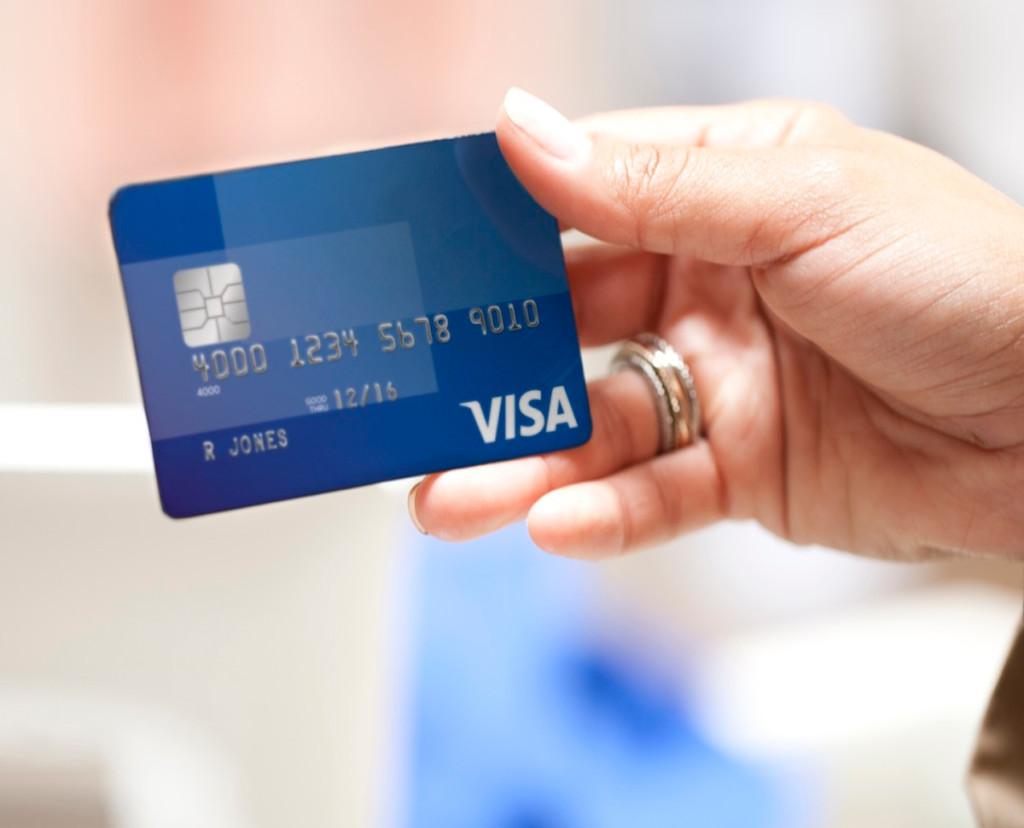 Visa собирается не уменьшить комиссию для Wildberries, а увеличить многим другим бизнесам. Курьерки и розница будут платить больше