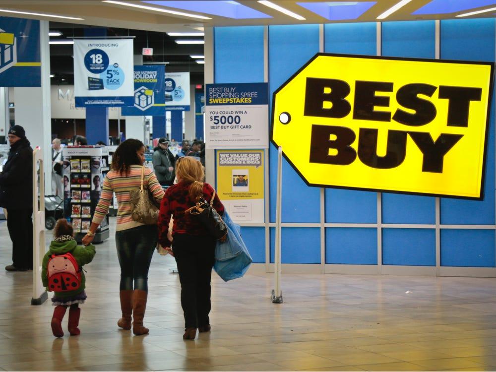 Смартфонов всем не хватит! Best Buy будет продавать дефицитную электронику в первую очередь подписчикам